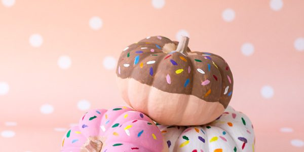 5 Ways to Decorate Your Pumpkin This Fall
